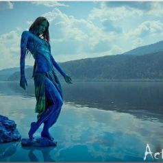 Ковалькова Анна: флуорисцентный свадебный корсет из акрила