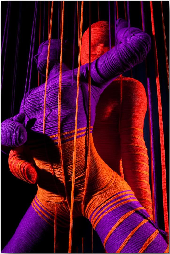 Эрик Равело (Erik Ravelo)_Lana Sutra_sculptures_14