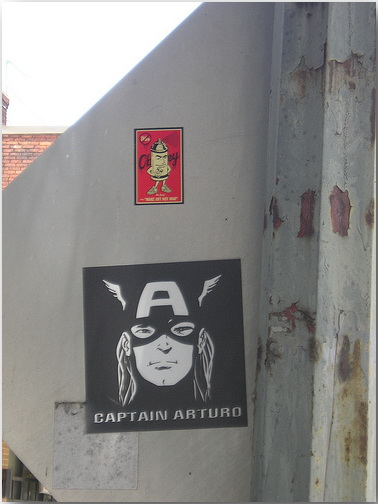 Шепард Фейри (Shepard Fairey)_Obey_stickers_street-art_19