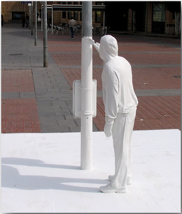 Марк Дженкинс (Mark Jenkins)_sculptures_28