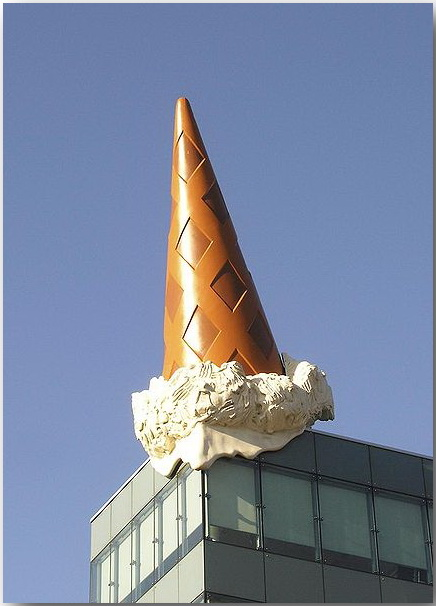 Клас Ольденбург (Claes Oldenburg)_sculptures_08