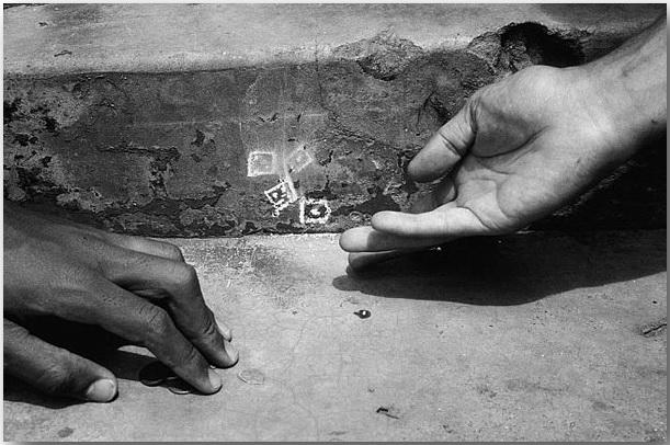 Snake Eyes_Робин Род (Robin Rhode)_Street art_14