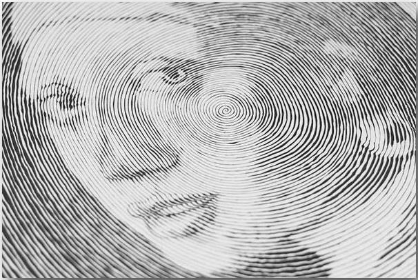 «Девушка с жемчужной серьгой» кисти Йоханнеса Вермеера_Спиральные иллюстрации Чан Чонг Хви (Chan Hwee Chong)_art_03