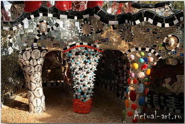 Сад Таро в Тоскане_Ники де Сен-Фалль (Niki de Saint Phalle)_Sculptures_11