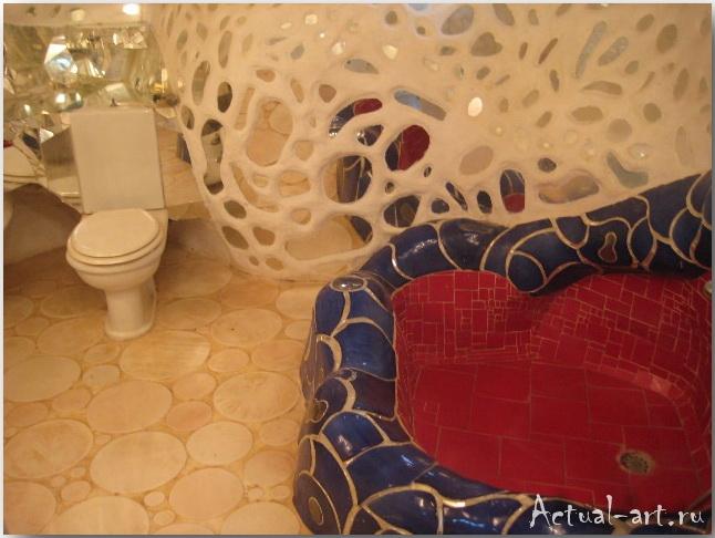 """Дом-скульптура """"Императрицы"""" в центре сада Таро_Ники де Сен-Фалль (Niki de Saint Phalle)_Sculptures_38"""