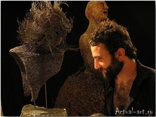 Воздушные скульптуры из проволоки от Mattia Trotta