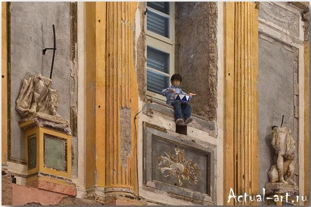 Маурицио Кателлан (Maurizio Catellan)_art_Инсталляции_15